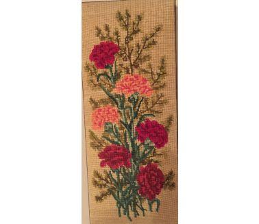 Red & Pink Flowers Tableau